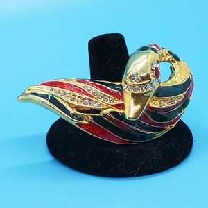 🆕️Unsigned beauty•Goldtone enameled swan brooch